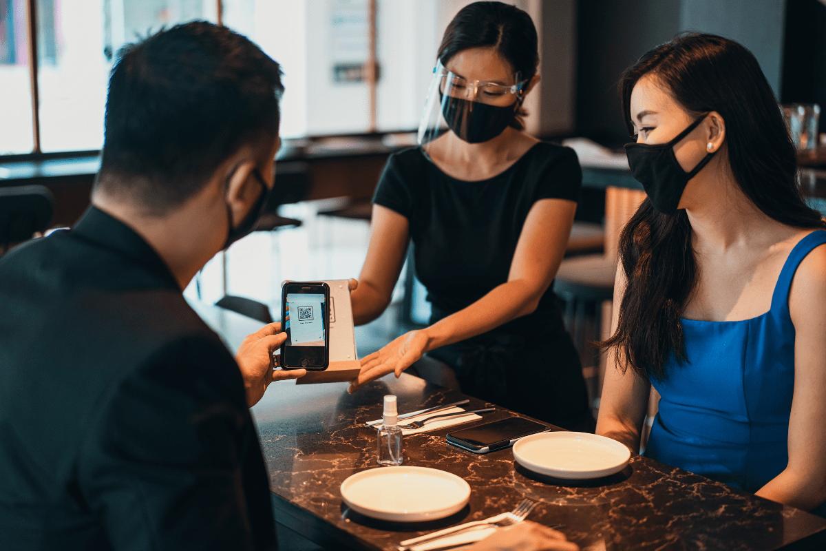Digitaliza tu restaurante e inclúyelo en la feria de comida virtual del Marketplace de Ofertazos Colombia